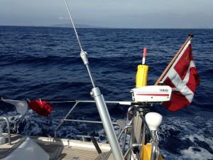 Første sejlads alene - nu med dansk flag