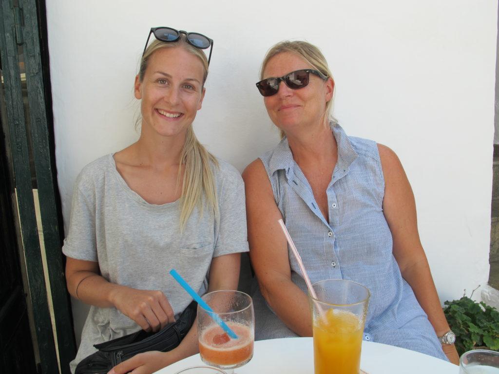 Anne Sofie og Marianne slukker også tørsten
