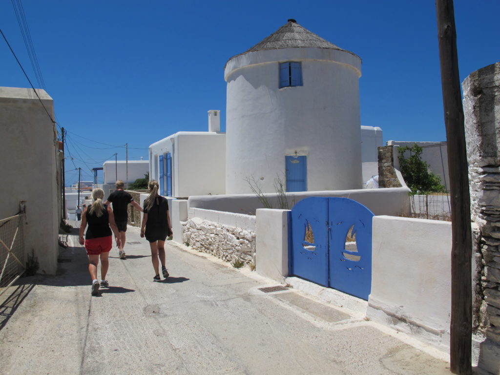 Klassiske græske farver og selvfølgelig blå himmel